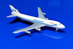 Boeing 747-283B SAS